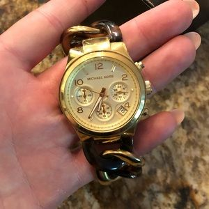 Michael Kors Watch (model vx3j)